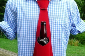 Beer Tie Holds Your Beer